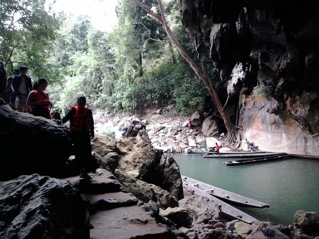 Entrance of Kong Lor Cave in Laos