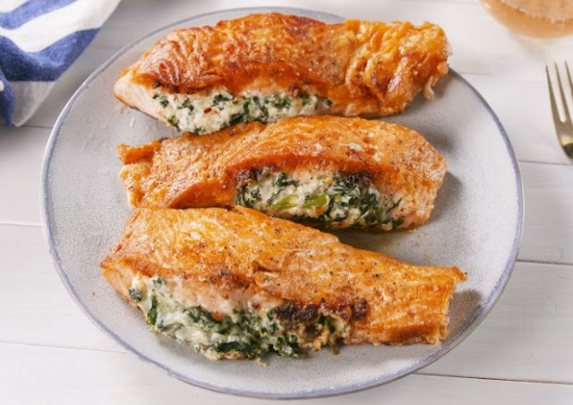 Creamy Spinach Stuffed Salmon in Garlic Butter #healthy #keto