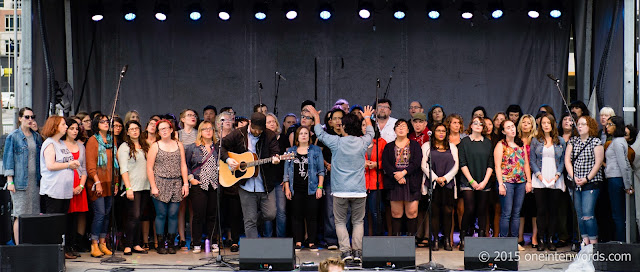 Choir! Choir! Choir! at TURF Toronto Urban Roots Festival September 19, 2015 Photo by John at One In Ten Words oneintenwords.com toronto indie alternative music blog concert photography pictures