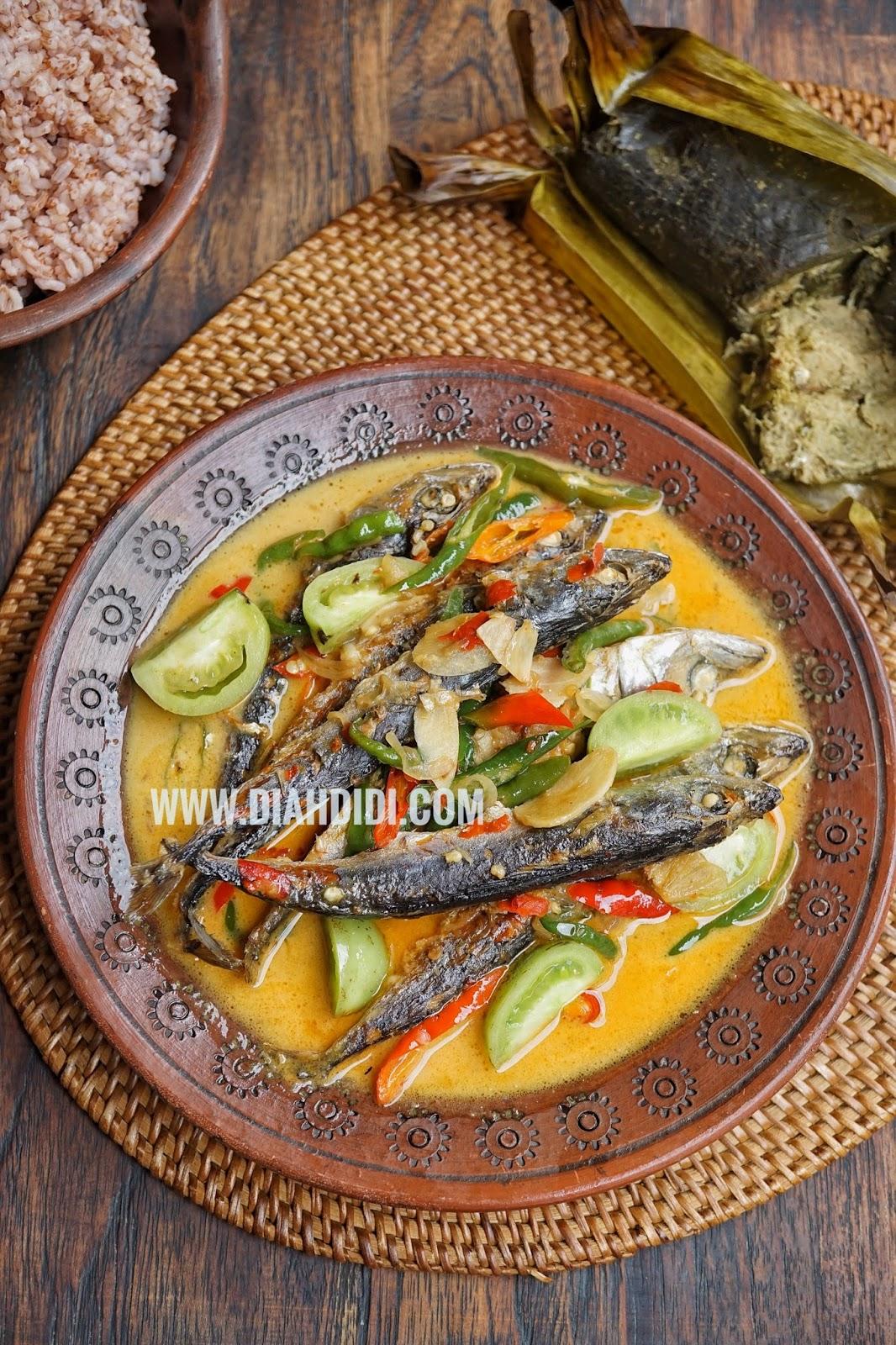 Ikan Cue Adalah : adalah, Didi's, Kitchen:, Pindang, Salem, Masak, Santan