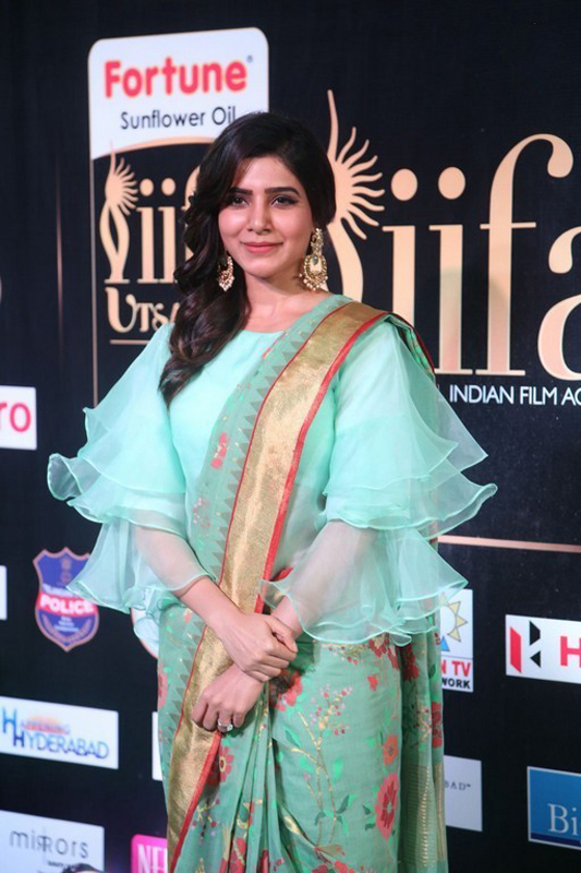 Actress Samantha Stills at IIFA Utsavam Awards 2017