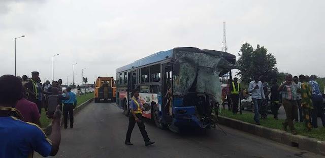 Many Feared Dead As Dangote Truck Collide BRT Bus In Ikorodu (Photos)