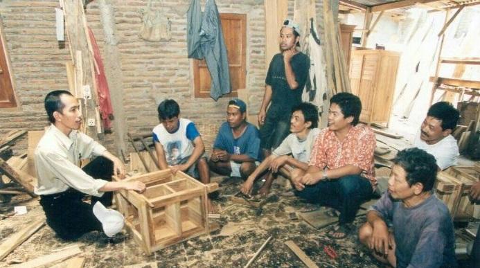 Lowongan Kerja Tukang Kayu Mebel Furniture