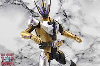 S.H. Figuarts Kamen Rider Thouser 13