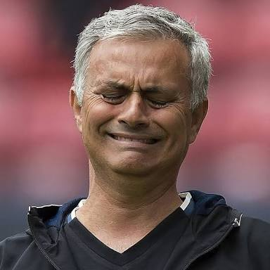 Mourinho betrays Manchester United against Sevilla