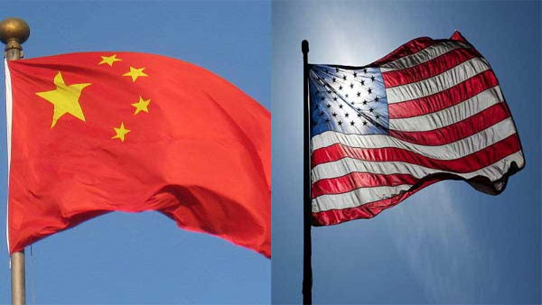 India-china flags together