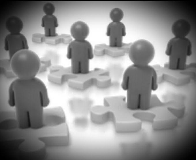 Simak : Sistem Manajemen Desentralisasi : Pengertian, Ciri-Ciri, Tujuan, Kelebihan Serta Kekurangan Sistem Manajemen Desentralisasi Cekidot