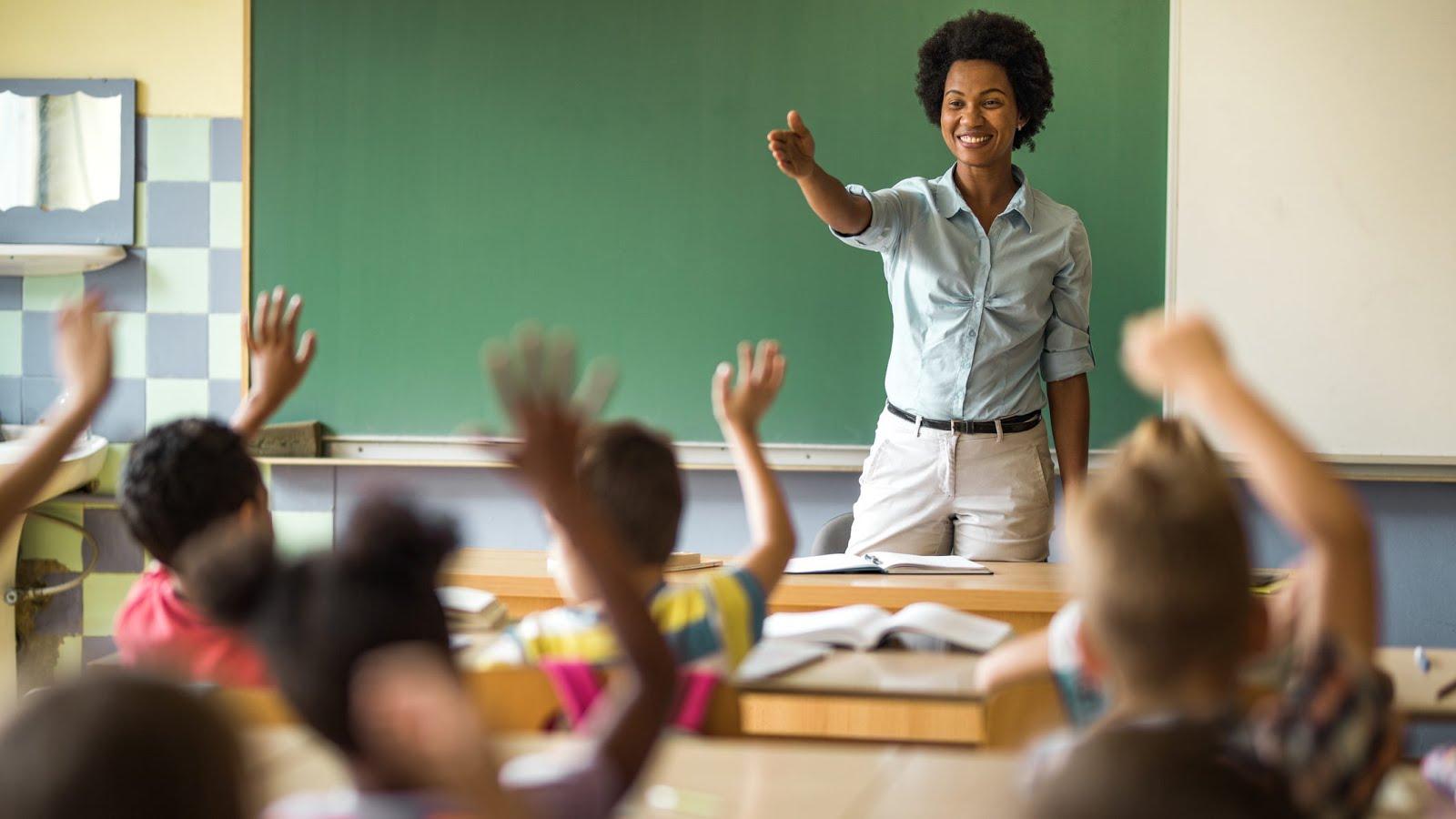تحميل دليل المعلم للصف الحادي عشر .