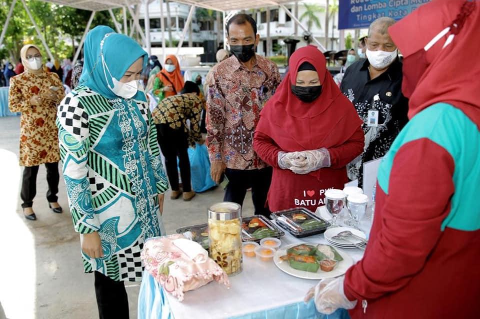 Wagub Kepri  Membuka Acara Road Show Demo Masak dan Lomba Cipta Menu B2SA Tahun 2021