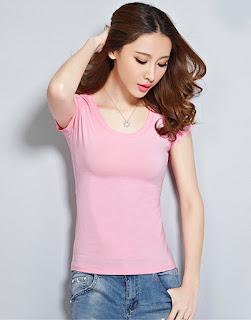 Áo thun cổ tròn màu hồng