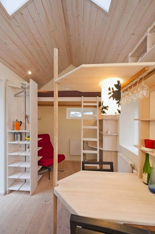 36-Swedish-Micro-House-12m²-Small-Homes-Offices-&-Other-www-designstack-co