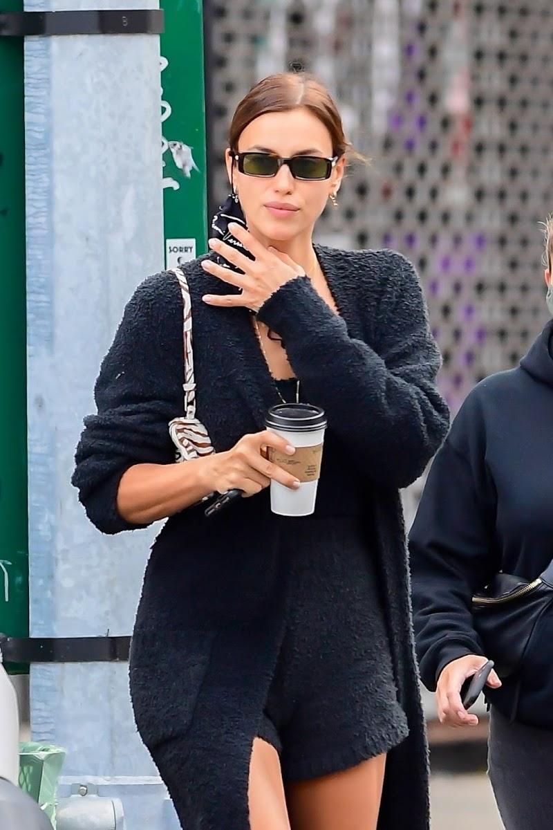 Irina Shayk Clicked Outside  in New York 5 Oct -2020