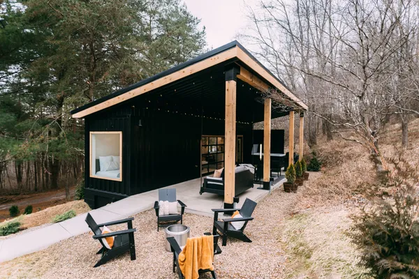 The Lily Pad Airbnb - Small Shipping Container Home, Ohio 3