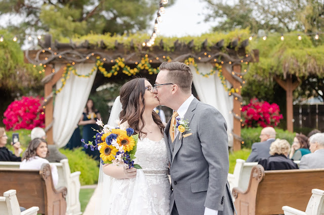 ceremony recessional kiss