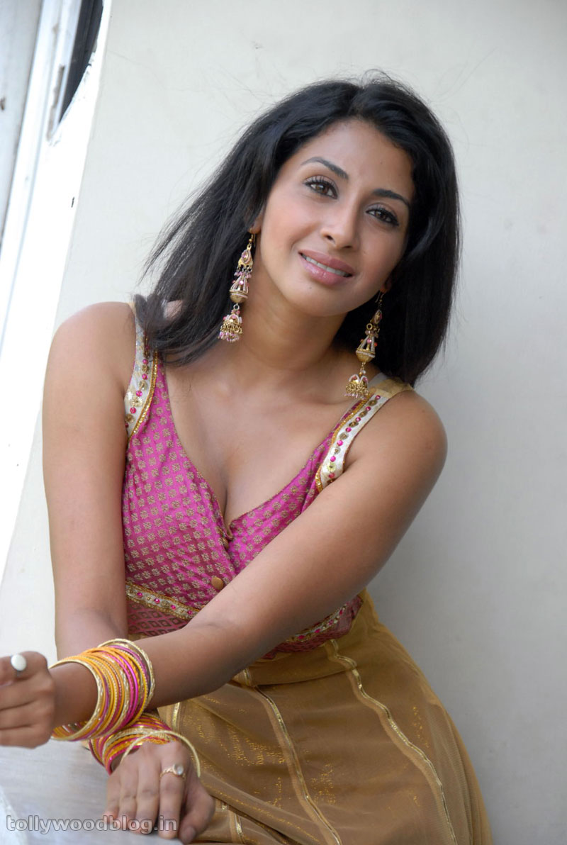 Full World New Telugu Actress Hot Photo Shoot, Telugu -8316