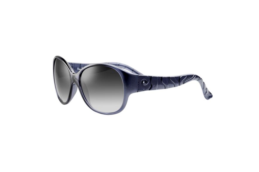 Os óculos de sol também aderiram à onda azul do verão 2012 f8f894674d