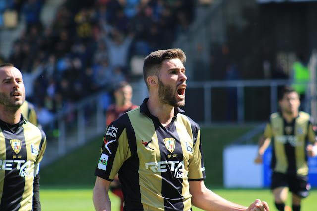 Oca celebra un gol