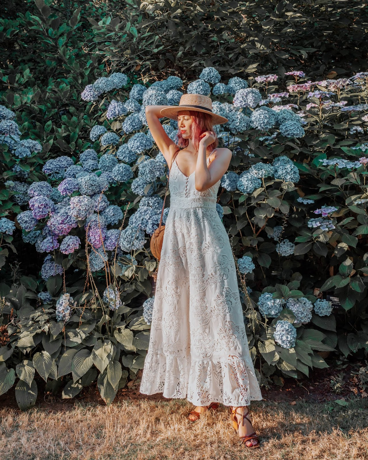VanDusen Botanical Garden, Vancouver, pink hair, boater hat, rattan purse, wicker purse, style blogger, travel style, travel blogger, things to do in vancouver, summer lookbook, fall lookbook, fall trends, canadian blogger, canadian fashion, nordstrom, zara fall 2018, roju store, urban outfitters, australian fashion