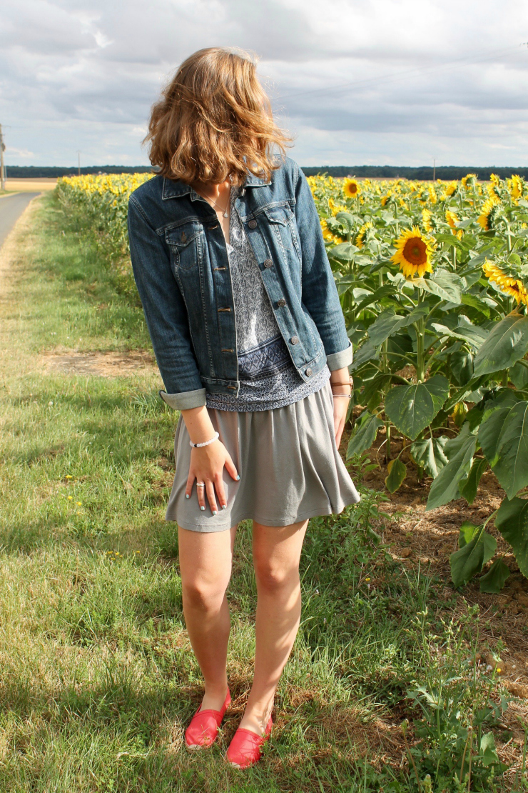 summer jean jacket and espadrilles #ootd #fashion