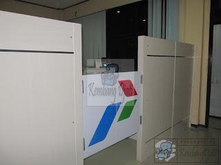 Sekat Ruangan Kantor Dan Pintu  + Furniture Semarang