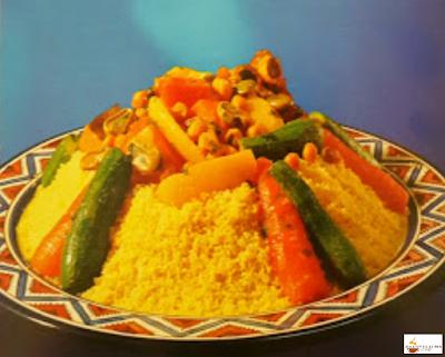الكسكس المغربي الأصيل بالسميد واللحم
