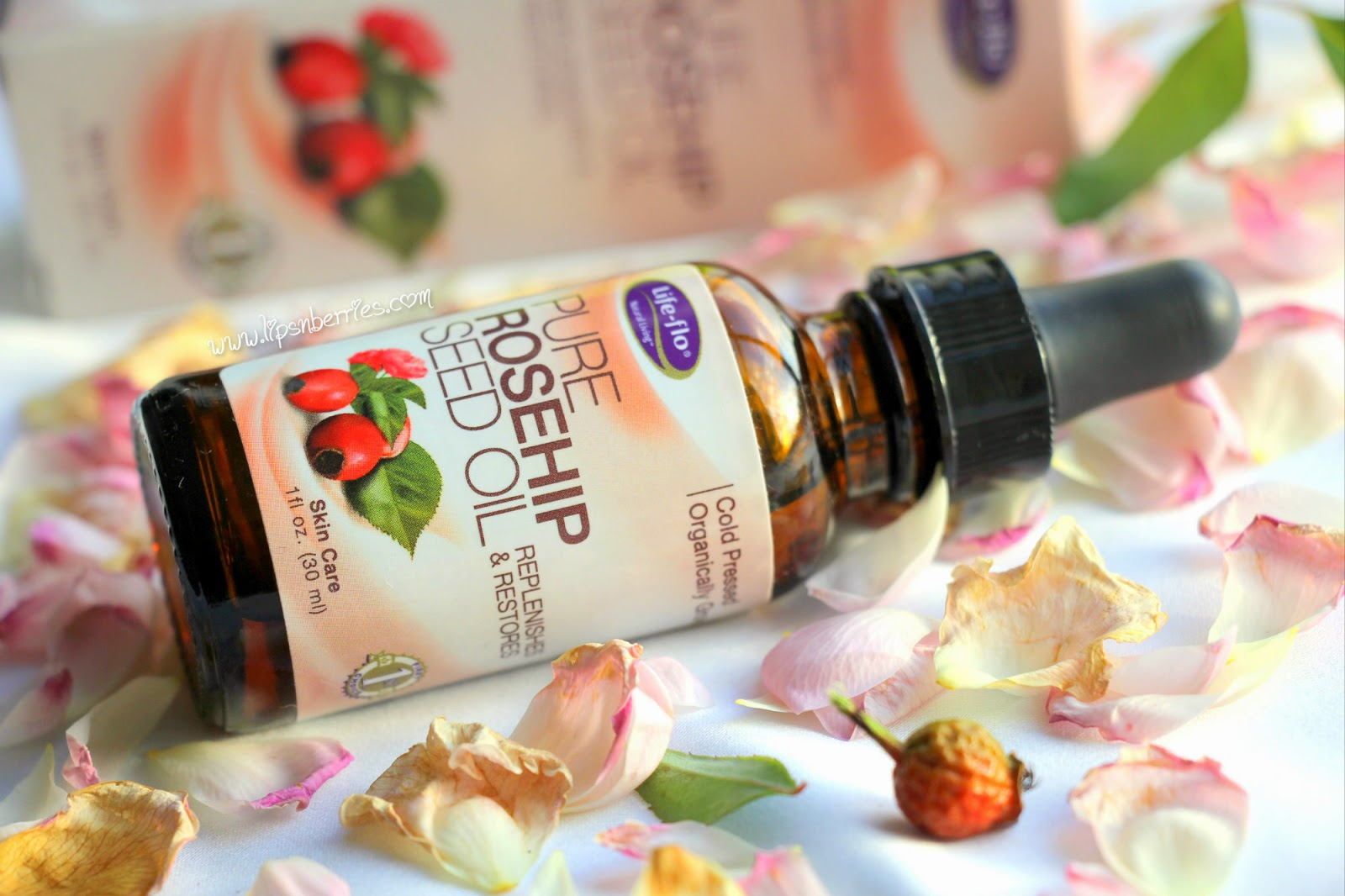 Life flo rosehip oil review