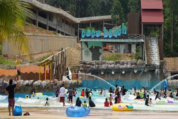 Bercuti di Bukit Gambang Water Park