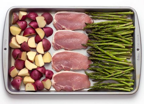 SHEET PAN BAKED PARMESAN PORK CHOPS POTATOES & ASPARAGUS #recipes #dinnerrecipes #dishesrecipes #dinnerdishes #dinnerdishesrecipes #food #foodporn #healthy #yummy #instafood #foodie #delicious #dinner #breakfast #dessert #lunch #vegan #cake #eatclean #homemade #diet #healthyfood #cleaneating #foodstagram