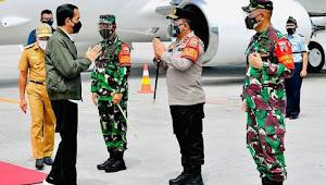 Kapolda Sumut menjemput Presiden RI dalam kunjungan kerja di Sumut