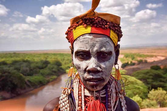 Safari Fusion blog | Faces | Karo woman, Ethiopia | Photographer Rod Waddington