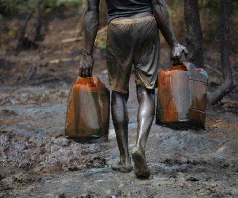 Oil Price Tumbles To $72 Per Barrel
