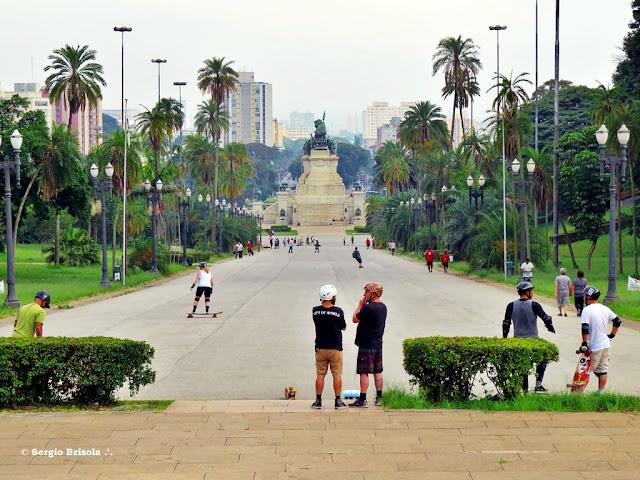 Vista ampla da Ladeira do Parque da Independência - Ipiranga - São Paulo