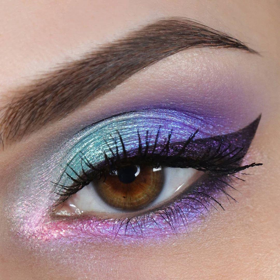 Maquiagem sombra colorida pastel