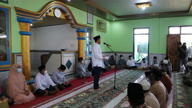 Bupati Lampung Barat Safari Ramadhan di Masjid Al-Anshor Pkon Giham Sukamaju