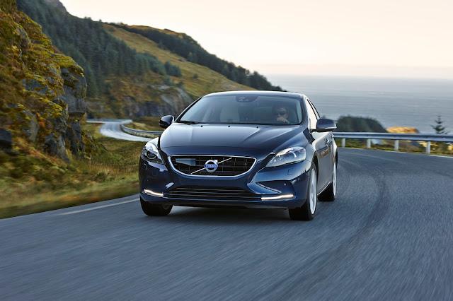 Volvo%2BV40%2Bcar