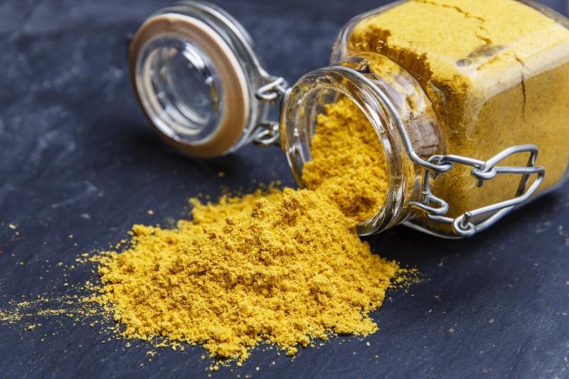 11 Benefícios do Curry em Pó à Saúde