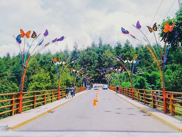Wisata Spot Foto Keren Di Dago Dream Park Bandung