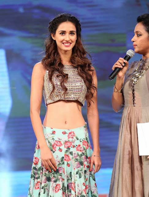 disha-patani-slim-figure-hot