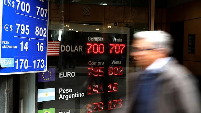 El dólar en Chile alcanza nuevo récord y se cotiza a más de 800 pesos