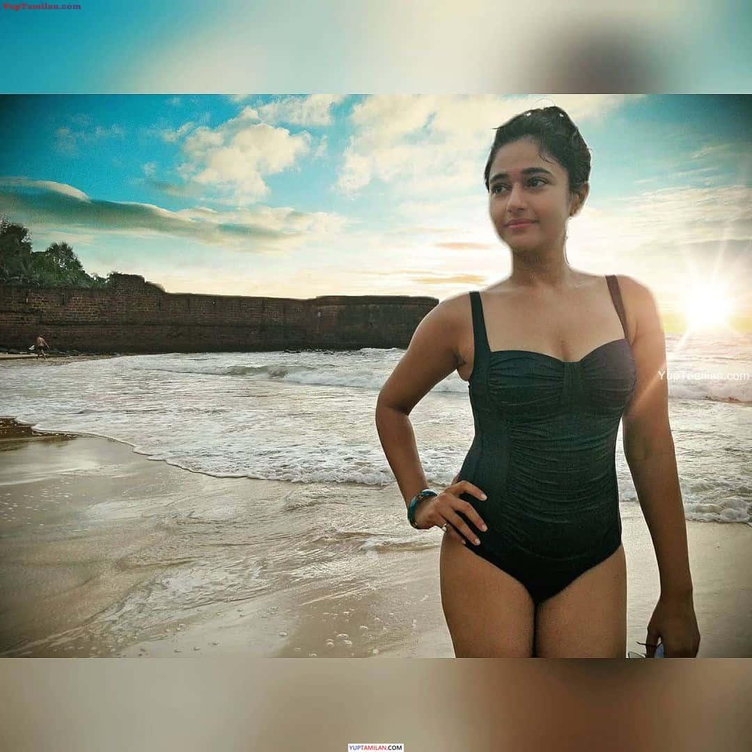 Poonam Bajwa Sexy Bikini Photos
