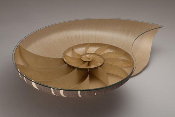 Diseño de mesa ingeniosa