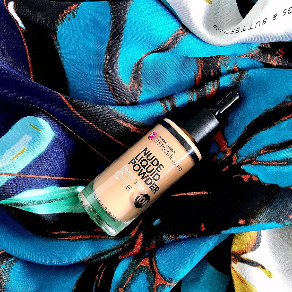 zdjęcie podkładu Bell Nude Liquid Powder 04
