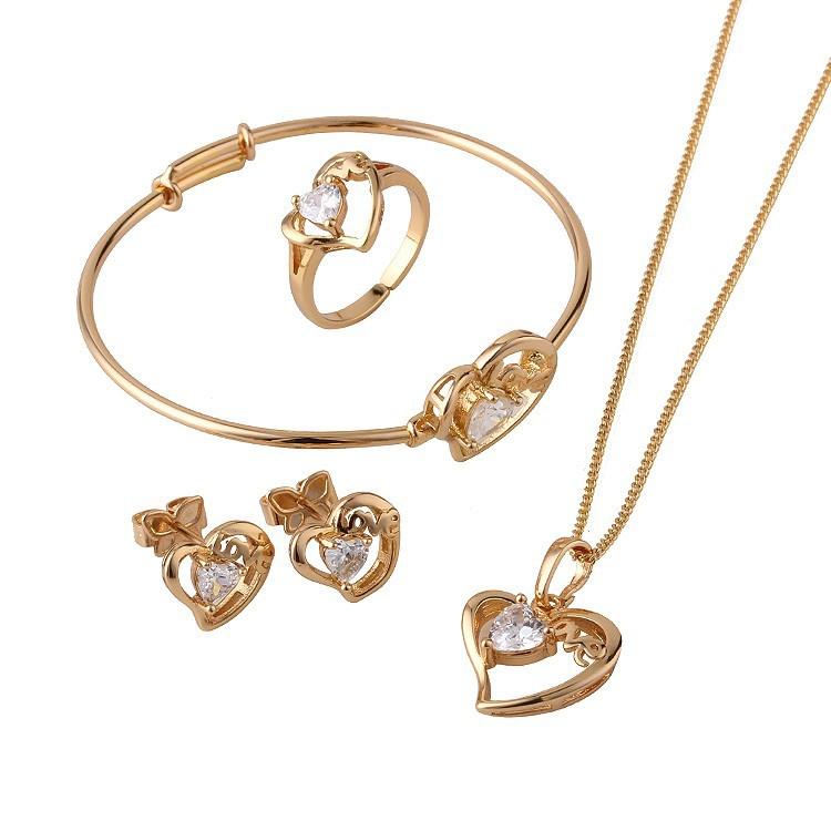 Cincin Pernikahan: Satu Set Perhiasan Custom Untuk Mahar