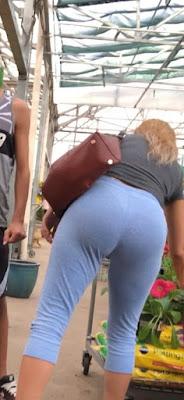 Nalgas redondas hermosa mujer calzas