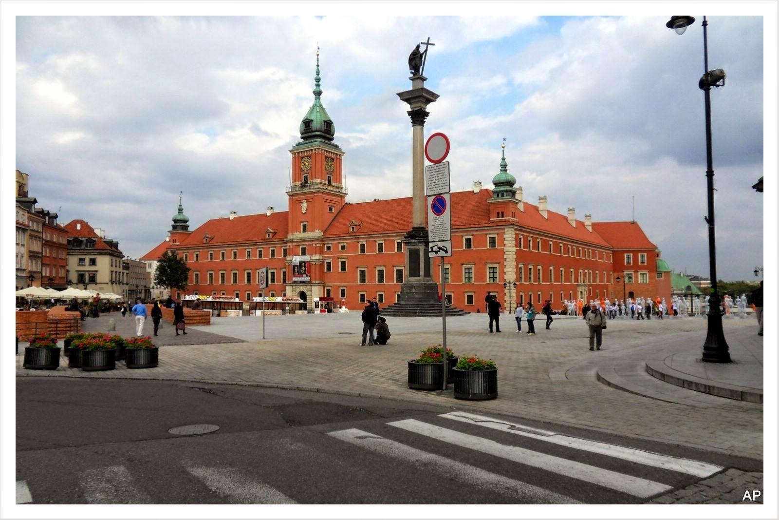 Königsschloss-Schlossplatz