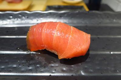 Ryo Sushi, akami shoyu yuzu
