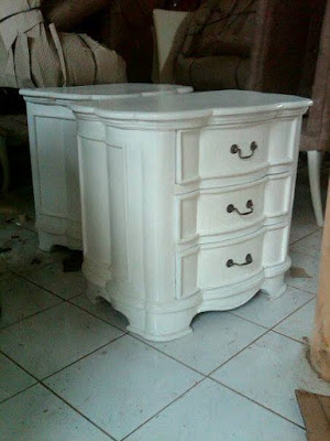 Bedside Duco french highclass made in Jepara