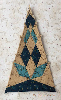 Dear Jane Quilt - Border Triangle Block  BR10 Nicholas' Diamond