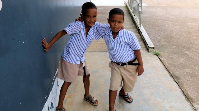 Schulkinder auf Mahe