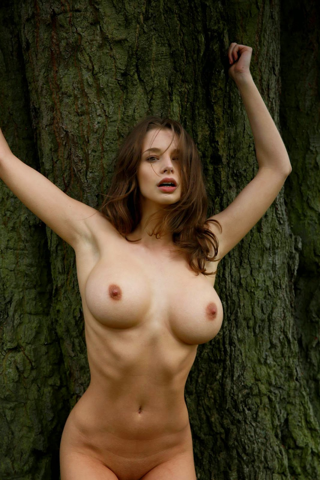 emily shaw nude